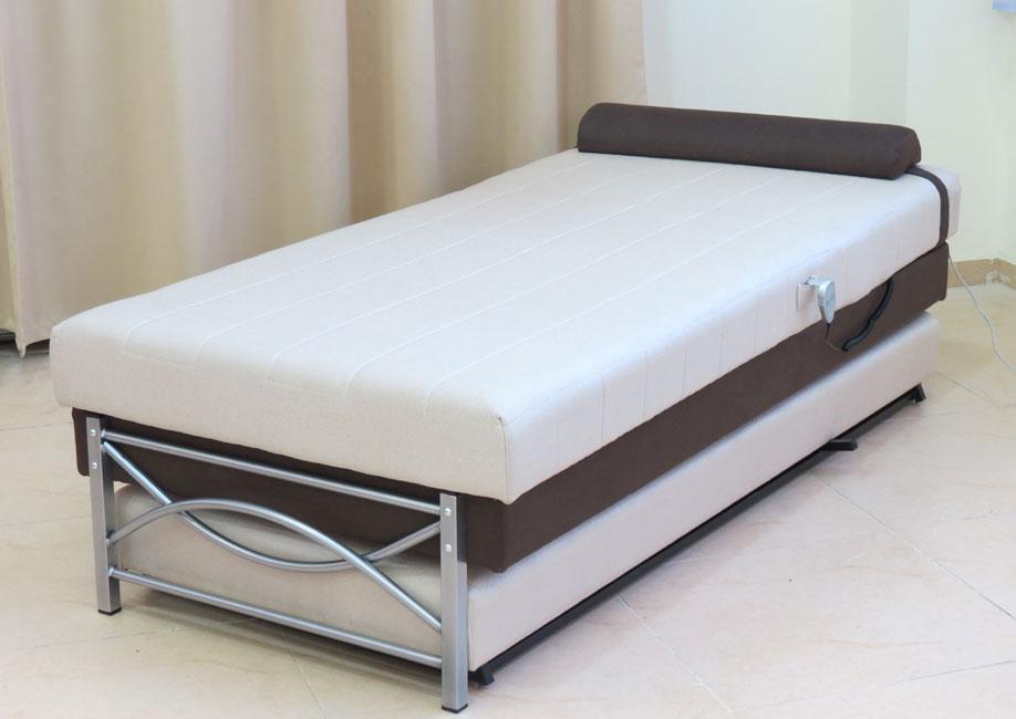 """ספה ברוחב 90 ס""""מ נפתחת למיטה כפולה ע""""י מנגנון אפ קל הכוללת ראש מתכוונן חשמלי דגם מאיה"""